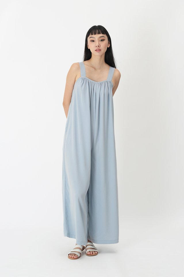 JANAE WIDE LEG JUMPSUIT IN CLOUD GREY