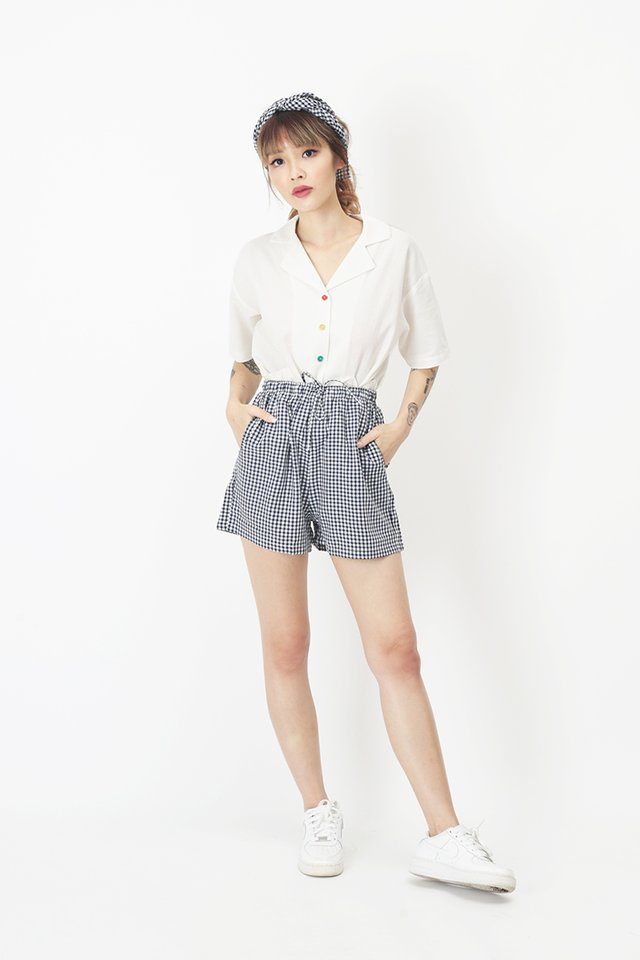 SUSIE GINGHAM SHORTS IN NAVY