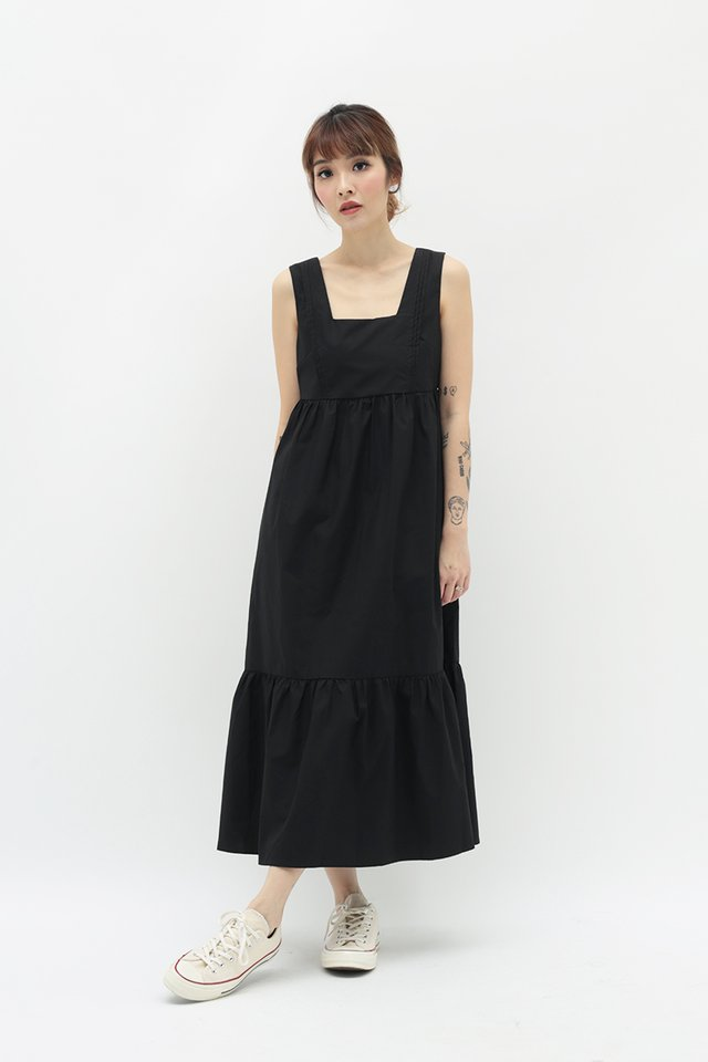 ADELIA MIDI DRESS IN BLACK