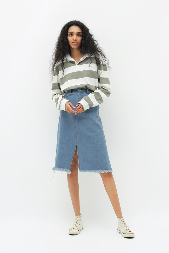 JACKIE DENIM SKIRT IN MID WASH