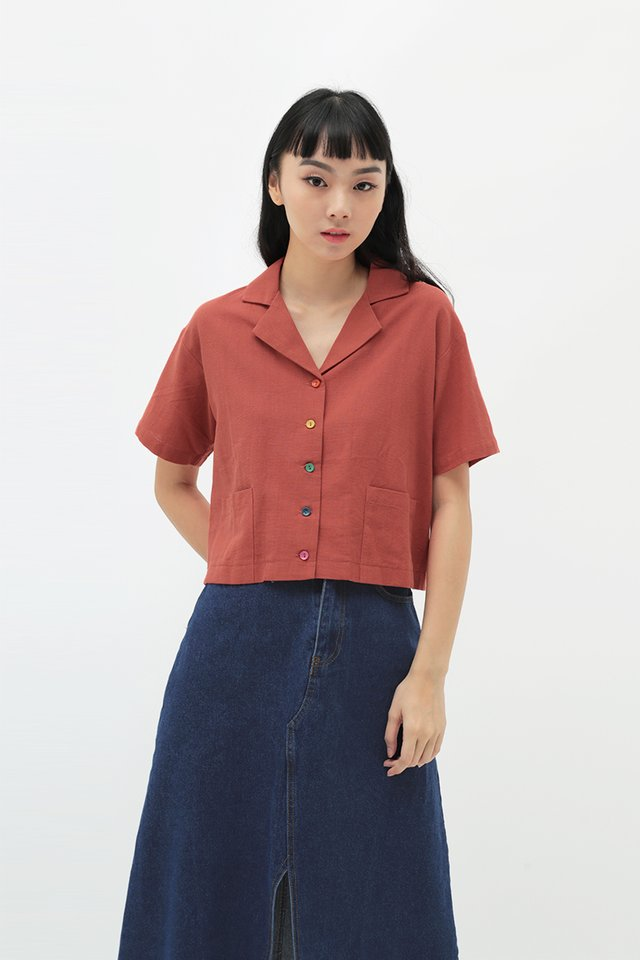 RAINBOW CONNECTION BUTTON SHIRT IN AUTUMN