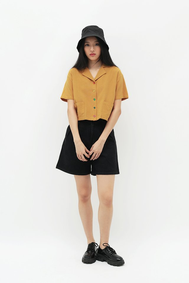 RAINBOW CONNECTION BUTTON SHIRT IN HONEY