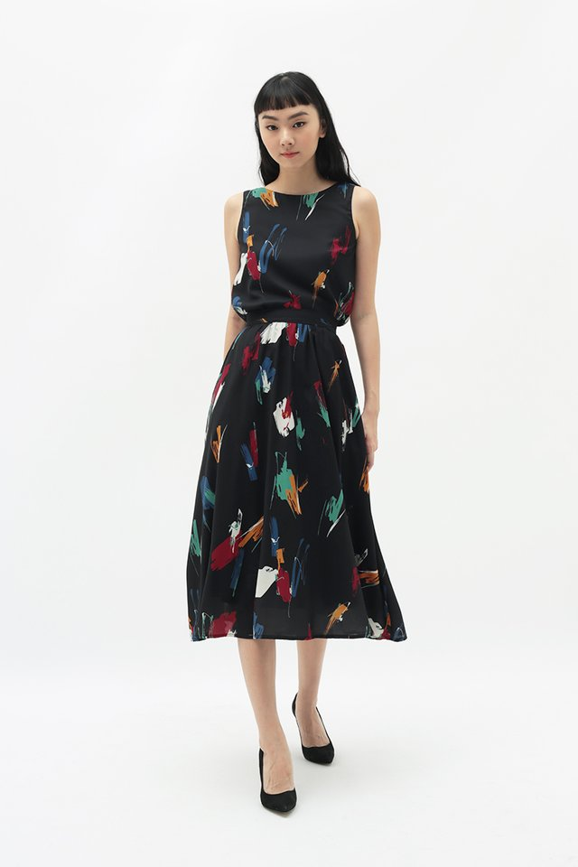 AUDREY ABSTRACT MIDI SKIRT IN BLACK