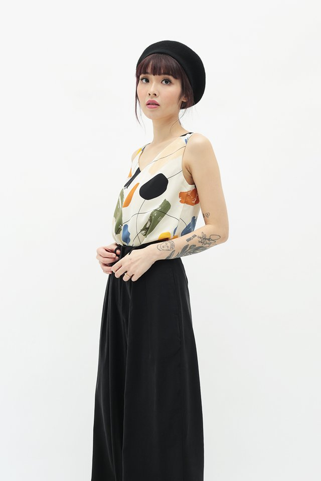 SHANNA ABSTRACT TWO WAY TOP IN WHITE