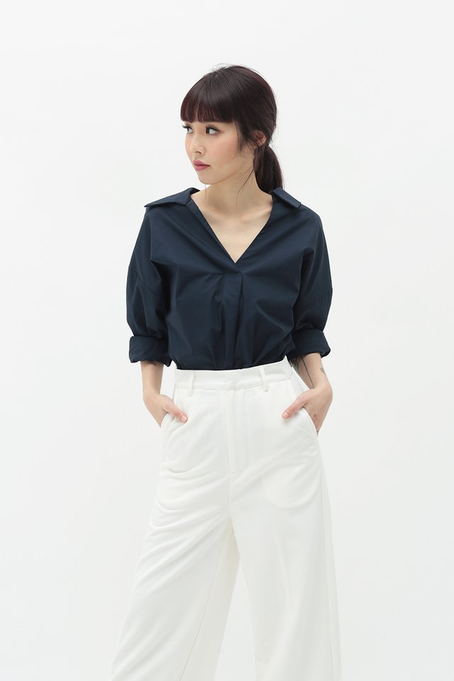 VICTORIA OVERSIZED SHIRT IN NAVY