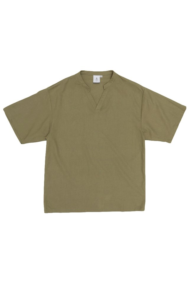 AMOS SKIPPER COLLAR TOP IN OLIVE