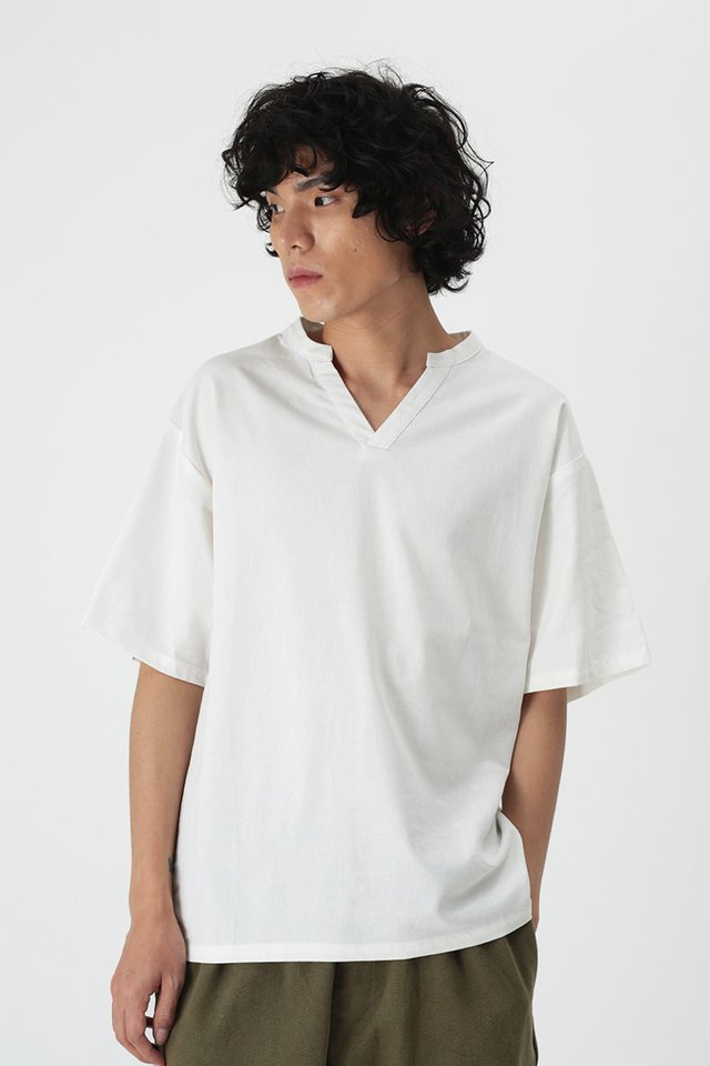 AMOS SKIPPER COLLAR TOP IN WHITE