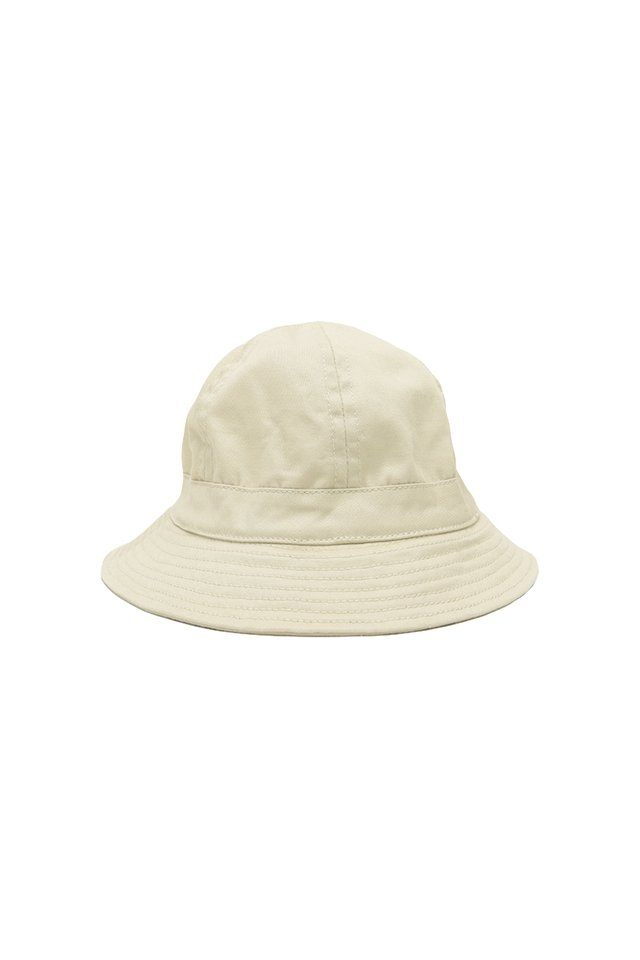 ARCADE MINI BUCKET HAT IN CREAM