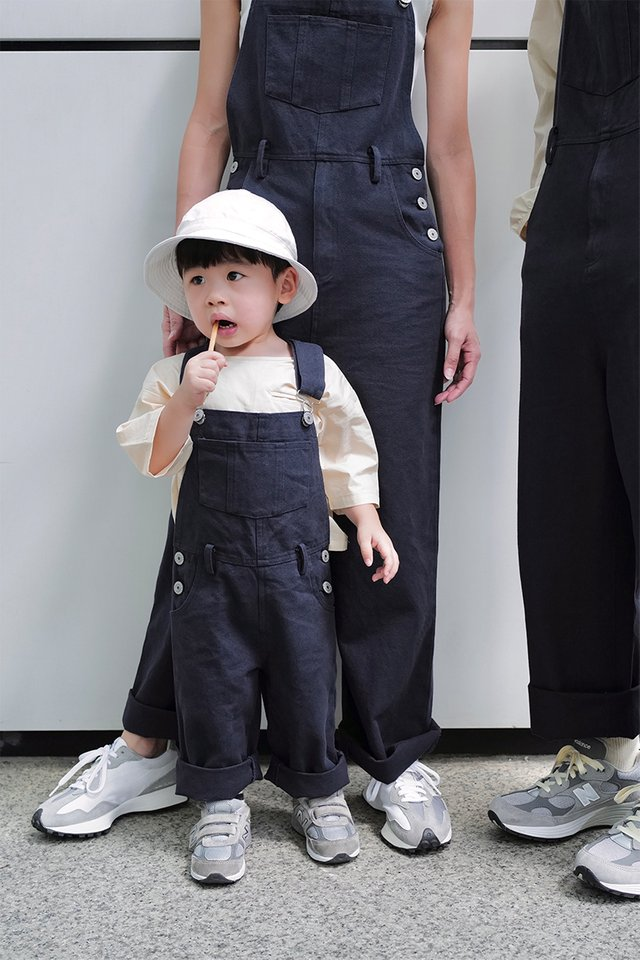 ELROY MINI DUNGAREES IN NAVY