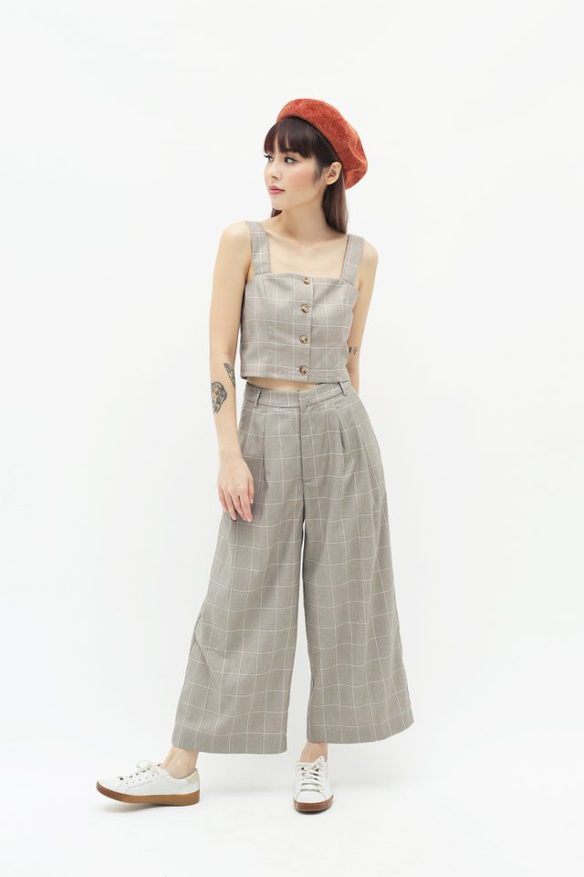 KEEP WALKING CHECKERED CULOTTES IN GREY
