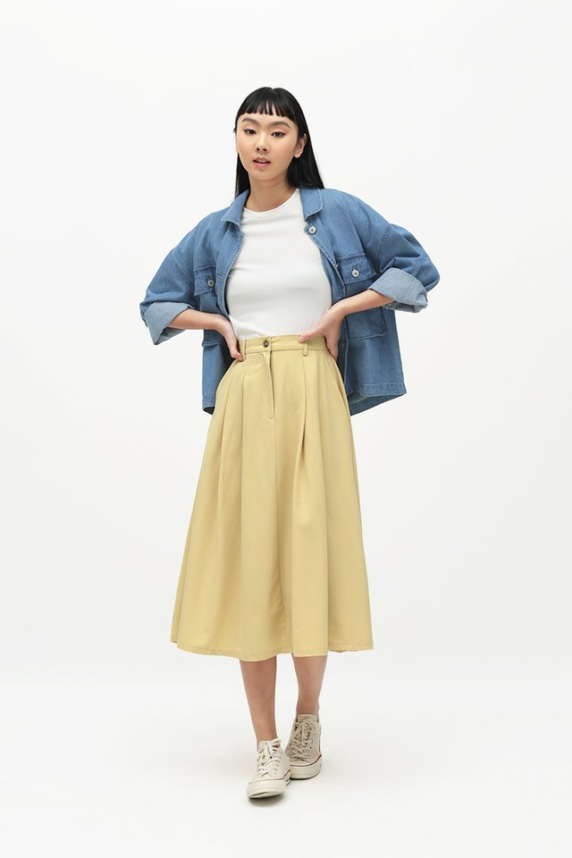ADINA PLEATED SKIRT IN BUTTERCUP