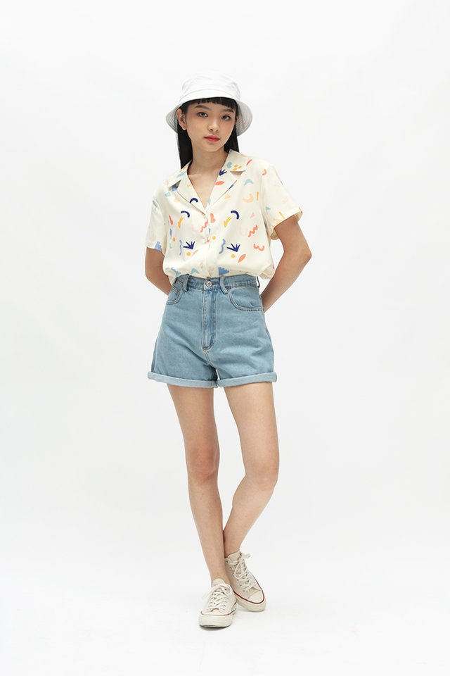 DOODLE TIME CAMP COLLAR SHIRT IN CREAM