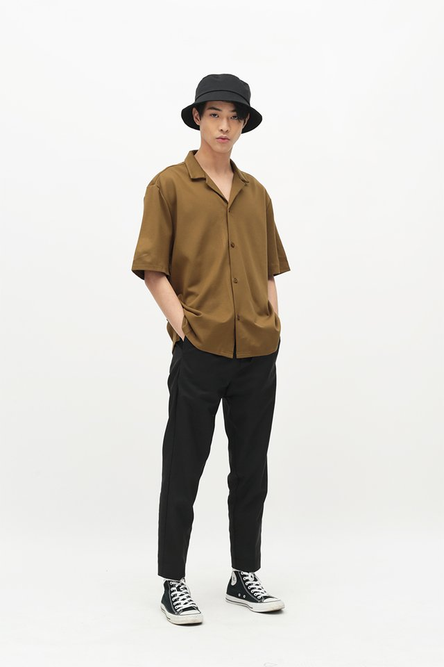 EAMON CAMP COLLAR SHIRT IN TAN