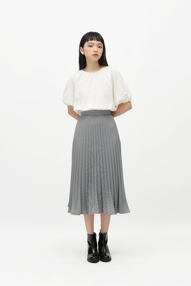 HENRIETTE CHECKERED PLEATED SKIRT IN BLACK