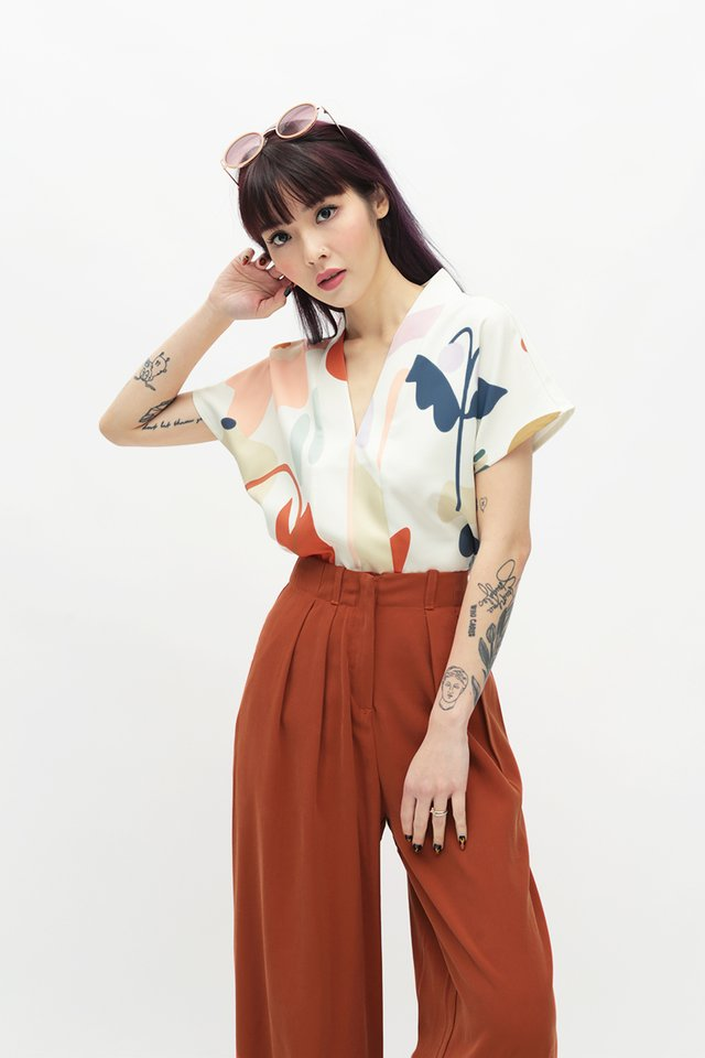 WILDFLOWER CHILD KIMONO TOP IN CREAM
