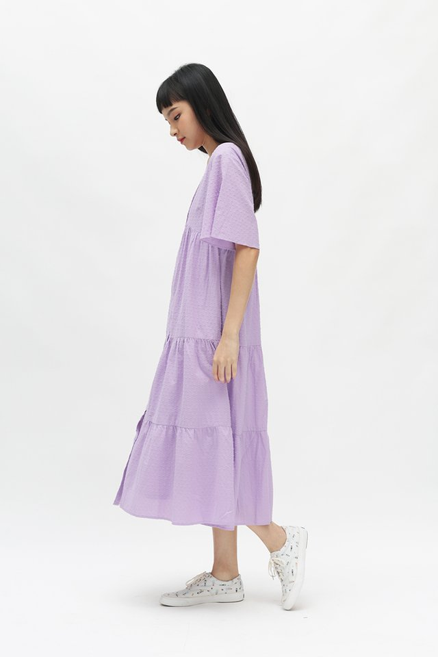 ANGELICA FLARE SLEEVE DRESS IN LAVENDER